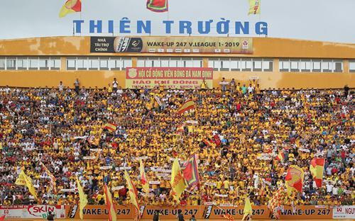 SVĐ đầu tiên ở Việt Nam mở cửa cho CĐV vào sân