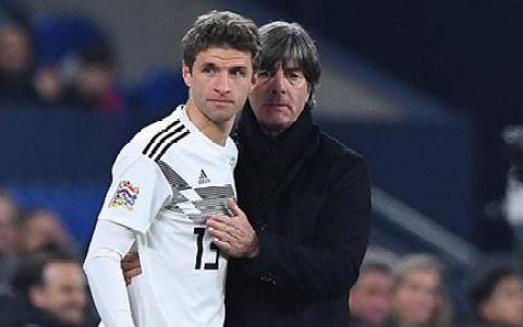 Thomas Mueller lập kỷ lục kiến tạo tại Bundesliga: Loew liệu có hối tiếc?