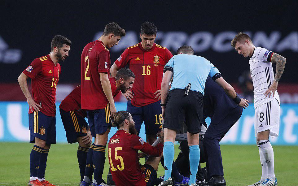 Real đổ mồ hôi hột với chấn thương của Ramos và Varane