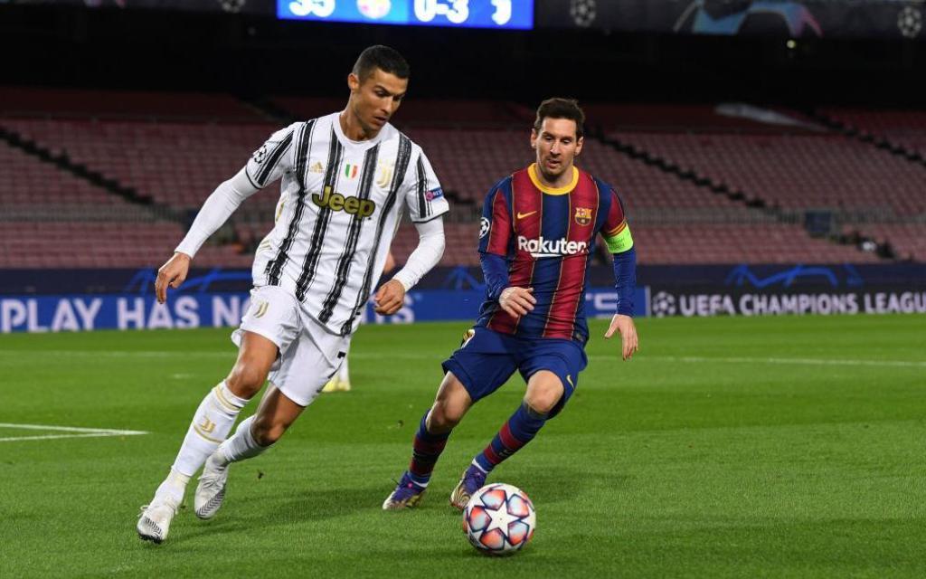 Messi im tiếng, bất lực nhìn Ronaldo