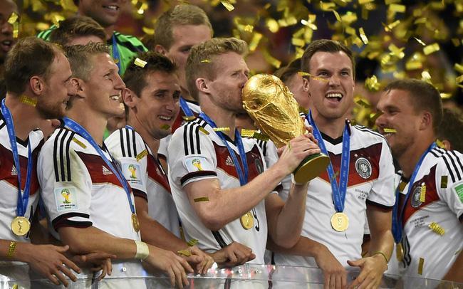 Nhà vô địch World Cup 2014 tuyên bố giải nghệ ở tuổi 29