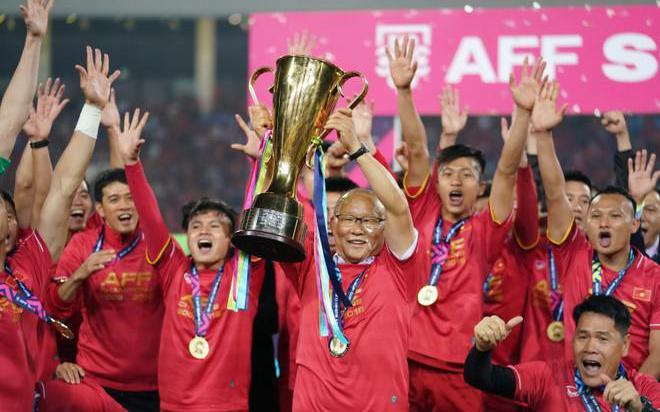 Đội tuyển Việt Nam hụt hẫng vì AFF Cup 2020 bị hoãn