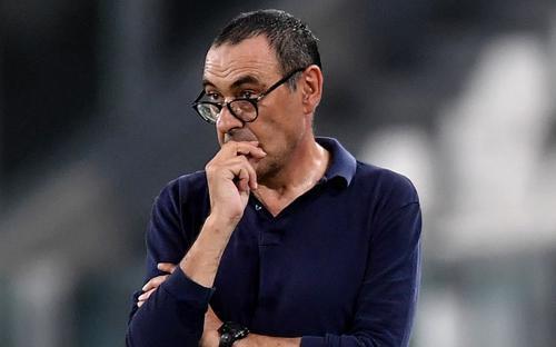 Điên tiết, HLV Sarri dọa thay đội 1 bằng U23