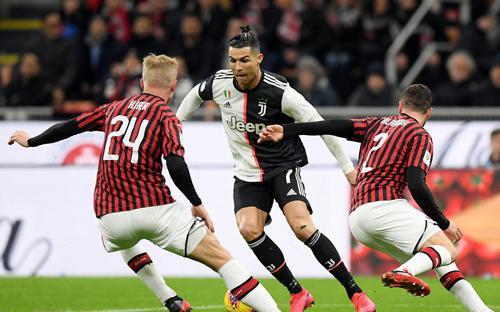 AC Milan - Juventus: Kẻ ngáng đường