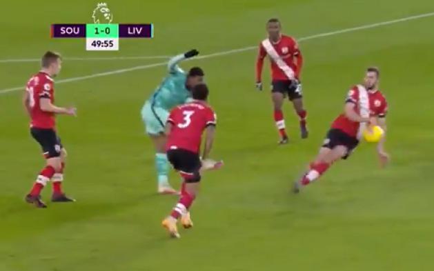 Liverpool bị từ chối phạt đền gây tranh cãi trước Soutthampton