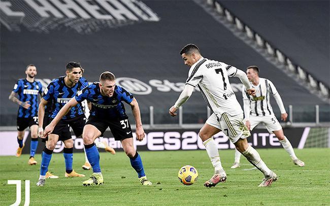 Juve vào chung kết Coppa Italia, HLV Pirlo khen... thủ môn đối phương