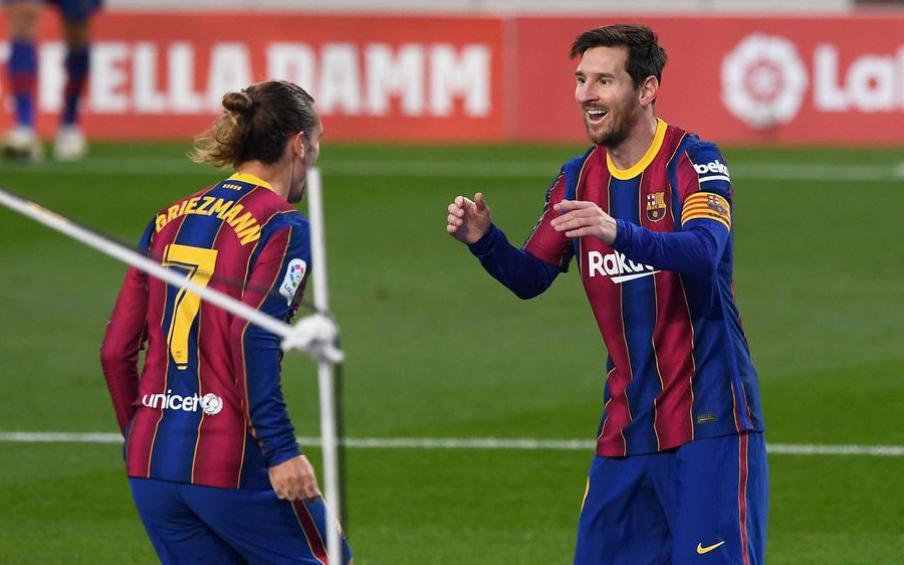 Người Barca phẫn nộ sau vụ hợp đồng của Messi bị lộ