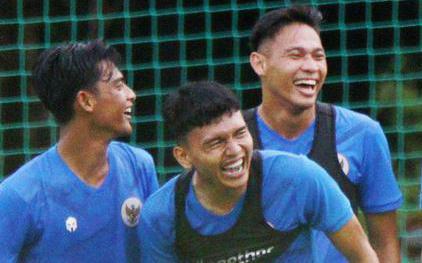 ĐT Indonesia chơi