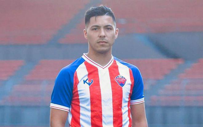 Chuẩn bị đấu Việt Nam, Malaysia nhập tịch Sergio Aguero