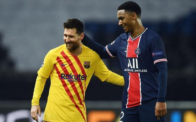 Messi vẫn cười tươi dù Barca trải qua mùa