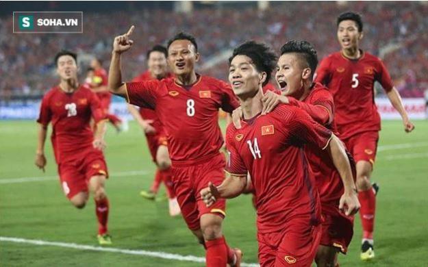 """CĐV Trung Quốc: """"Không hiểu sao chúng ta lại vượt xa tuyển Việt Nam!"""""""