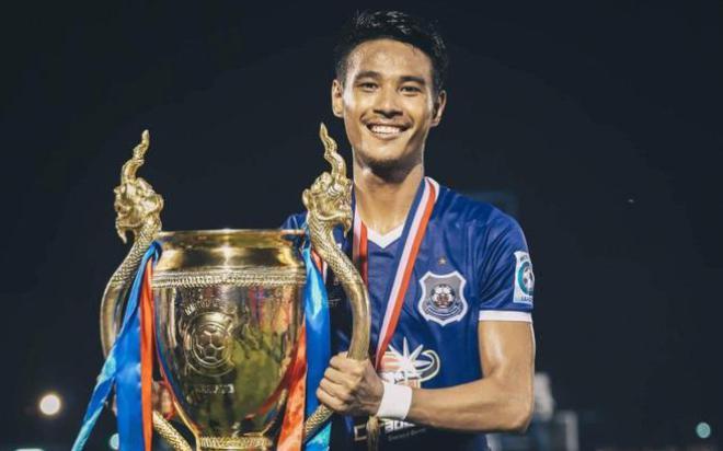 Phát ngôn sốc về thầy trò ông Park, tuyển thủ Campuchia bị nhiều CĐV Việt Nam