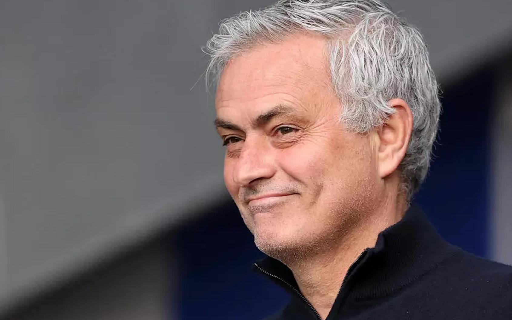 Nóng: HLV Mourinho dẫn dắt AS Roma trong 3 năm