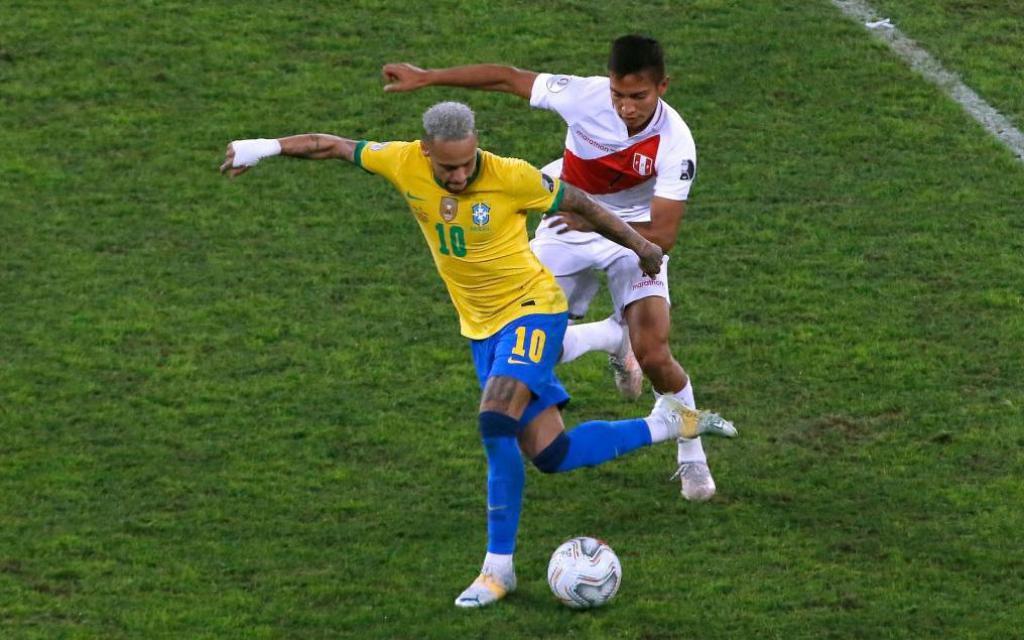 Neymar kiến tạo siêu đẳng, Brazil nhọc nhằn tiến vào chung kết Copa America